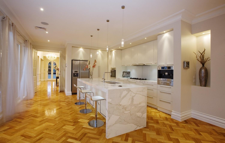 Monet Kitchen-min